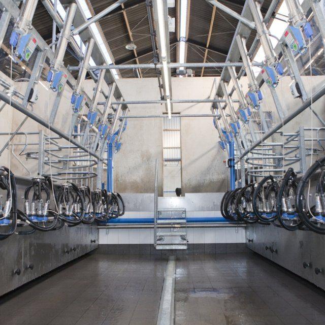Salle de traite 1 ets foulquier traite elevage irrigation tarn aveyron
